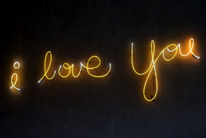 """When Is the Right Time to Say """"I Love You"""""""